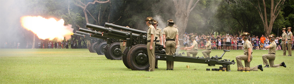 Soldiers conduct the Australia Day 21 Gun Salute on the Esplanade in Darwin.  A 21 Gun Salute was conducted by twenty two soldiers of Darwin's 103rd Medium Battery, 8th/12th Medium Regiment, Royal Regiment of Australian Artillery using four M2A2 105mm Howitzer Guns.  These weapons are the Regiment's Ceremonial Guns as they are no longer used by Australian Regular Army units.  11122591