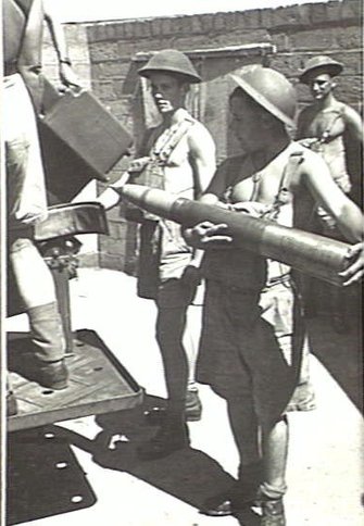 3.7_inch_AA_gunner_Lytton_Qld_Nov_1943_AWM_060056