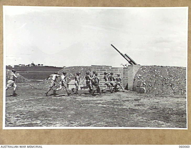 Heavy AA Battery outside gun pit AWM 060060