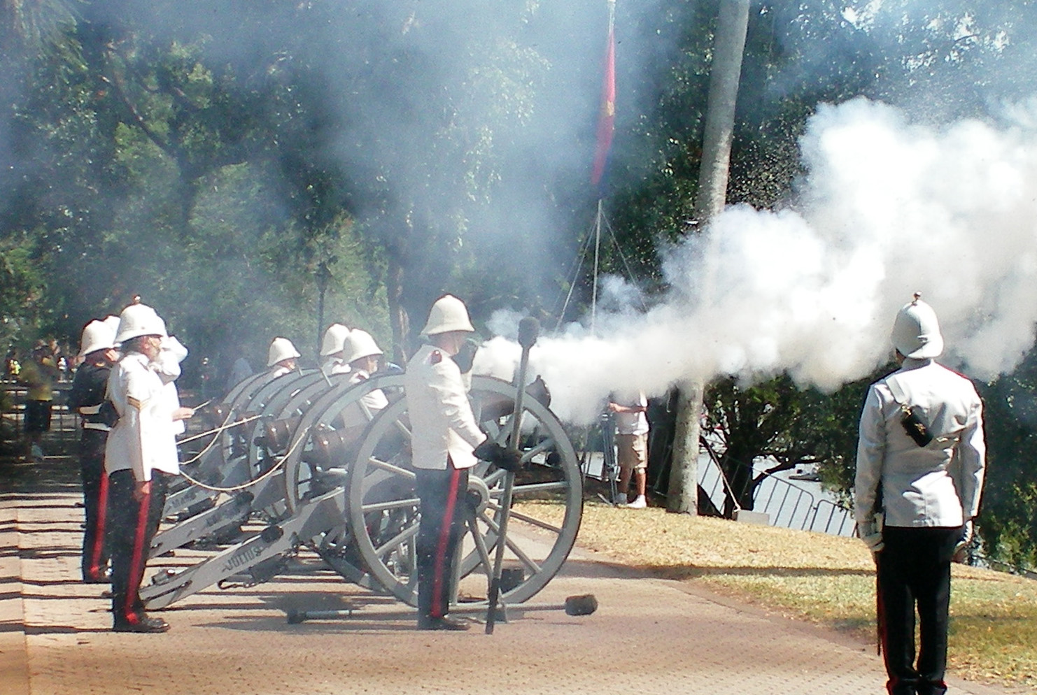 Field Guns Firing 100_0075