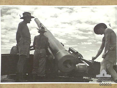 M1918 155mm Fort Lytton 19431111